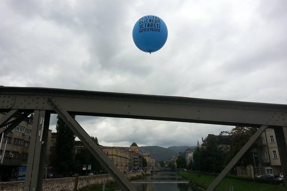 balon - foto nedzad isic